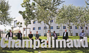 Champalimaud-Award-Staff-with-Sign300w.jpg
